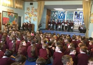 Assemblea di benvenuto alla Saint Brigid primary School